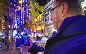 Париж позволит управлять иллюминацией